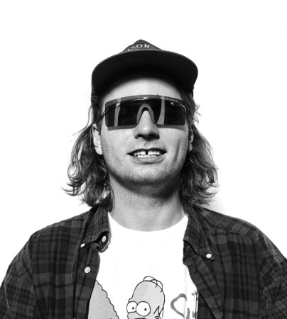 MacDeMarco-23-copy-628x700